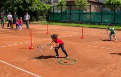 Безплатно обучение по тенис на деца от 6 до 12 години в ТК
